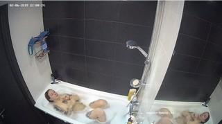 Guest girl evening bath feb 6
