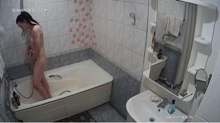 Elise quickie shower jul 20