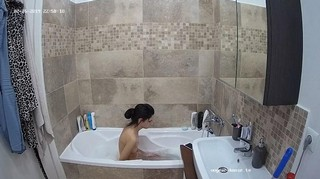 Amy evening bathe & shave feb 25