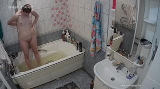 Romina afternoon bathe & shave jan 12