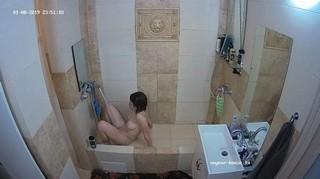 Rosie evening shower & waterbate jan 8