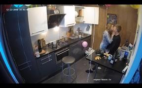Juliet's friends make out in kitchen,Dec 27