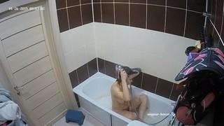 Guest girl morning bath jan 26
