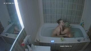 Stella & friend sexy bath jul 12