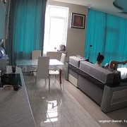 Mila relax & phone check jul 2