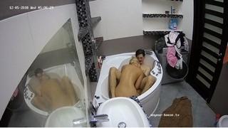 Molly & friend morning bath & bj dec 5