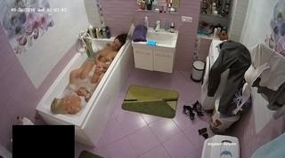 Alice & blond friend late bath sept 26